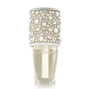 Pearl & Gems Wallflower Plug